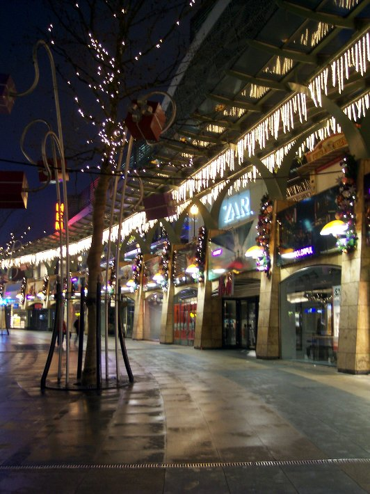 Shopping center in Rotterdam (The Netherlands) at Christmas